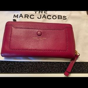 Marc Jacobs Empire Continental Wallet